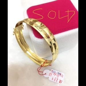 18k gold LV bangle bracelet